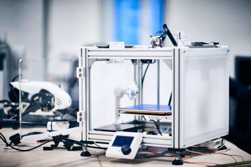 selbstgebauter 3D-Drucker der PROSPER X GmbH für die Visualisierung von Prototypen